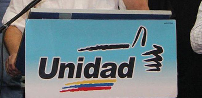 Oposición inscribe candidatos a regionales
