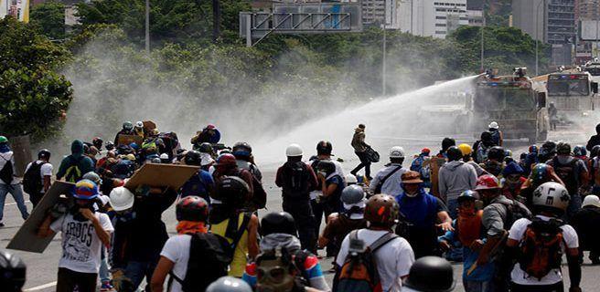 PNB impide marcha contra la Constituyente en Chacaíto