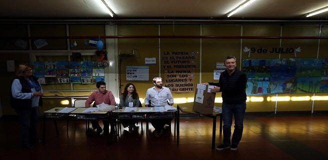Argentina vota con normalidad en primarias para las legislativas