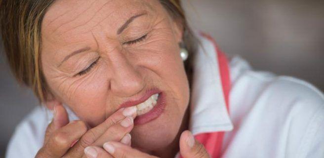 La periodontitis tras la menopausia aumenta el riesgo de cáncer