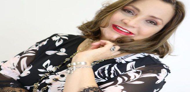"""La primera actriz venezolana Elba Escobar llega a Europa con su monólogo """"Yo sí soy arrecha"""""""