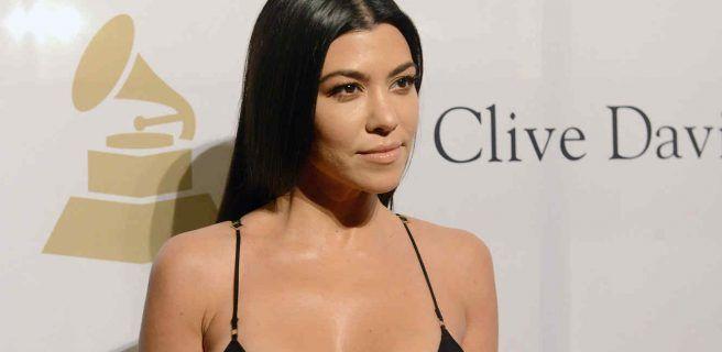 Kourtney Kardashian demuestra que tiene un trasero de película