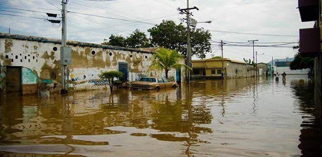 Lluvias dejan un muerto en Puerto Cabello