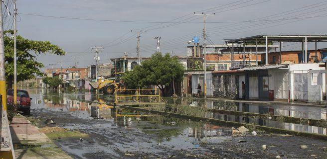 Nivel de aguas en Paraparal han bajado en un 84%