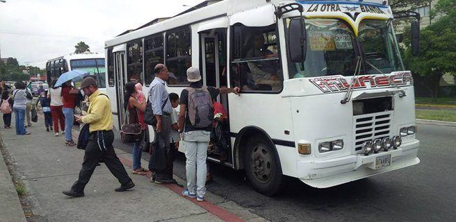 Autorizan en Gaceta Oficial la nueva tarifa del pasaje urbano a Bs. 280.