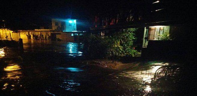 1 muerto tras desbordamiento del río Limón