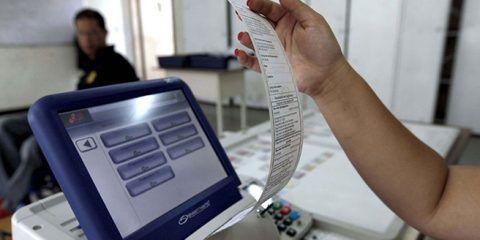 Cumplida primera jornada de auditoría de datos de electores en máquinas