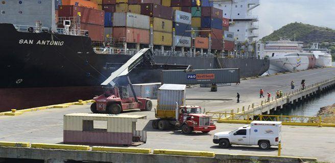 Llegan más de 3 mil toneladas de alimentos al Puerto de Guanta