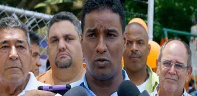 Alcalde Guarate inicia huelga de hambre