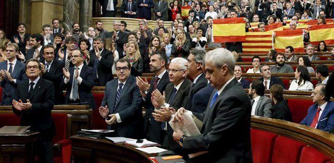 Parlamento proclamará independencia de Cataluña el 9 de octubre