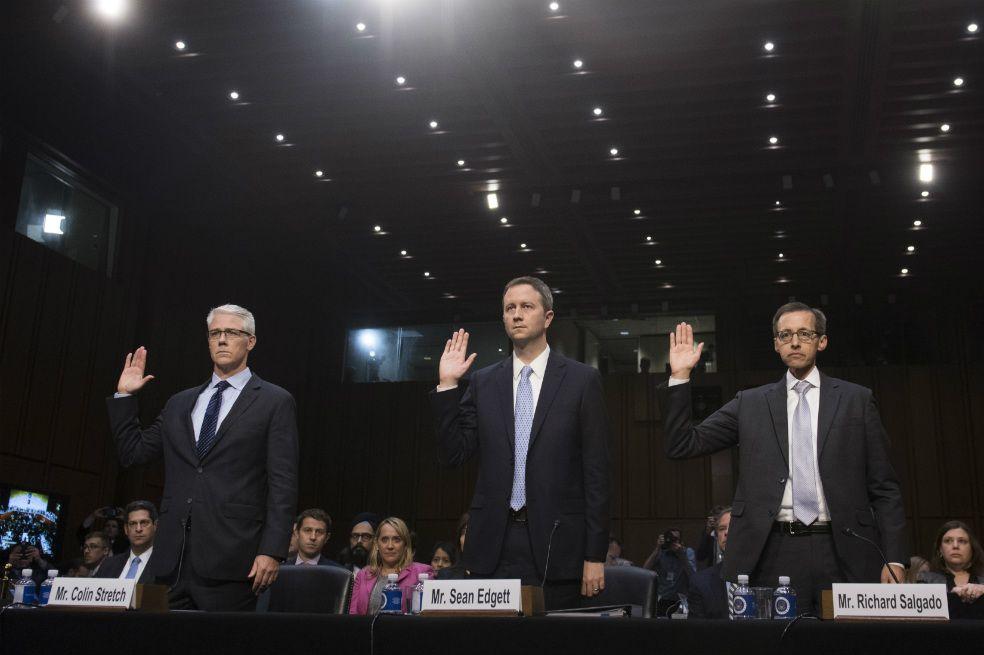 Gigantes de compañias de internet como Google testifican en el Congreso estadounidense