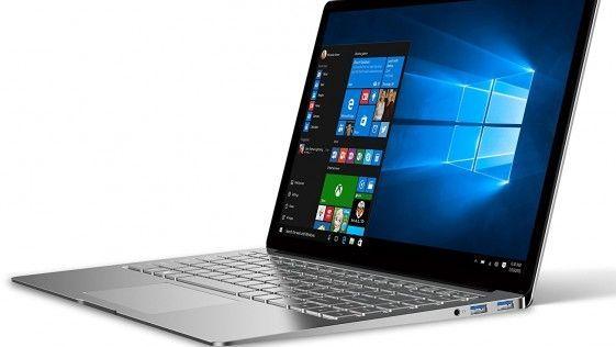 La laptop Air es un comod portatil hecho con aluminio