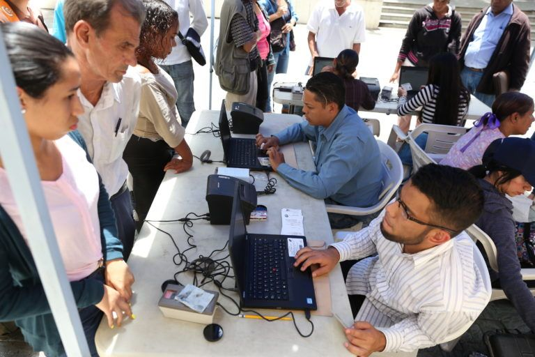 Venezolanos en el exterior podr n inscribir y actualizar for Venezolanos en el exterior
